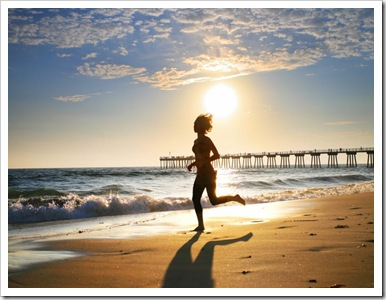 girl_running_on_beach_thumb