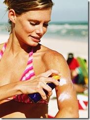 woman_suntan_cancun_thumb
